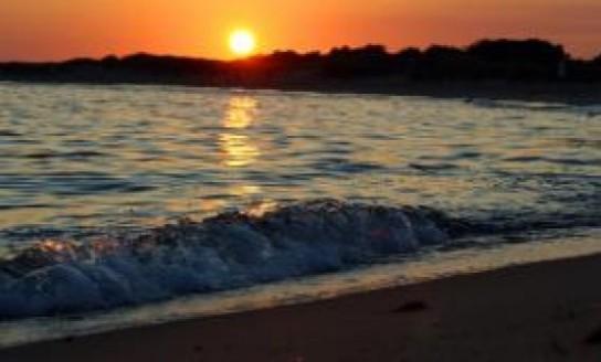 ocean waves mindful moment
