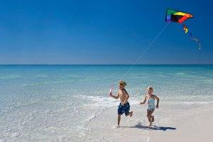 children_playing_beach_CNT_18oct10_ist_b
