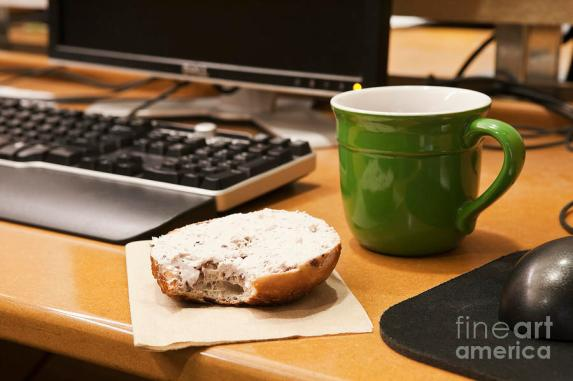 coffe cup and bagel