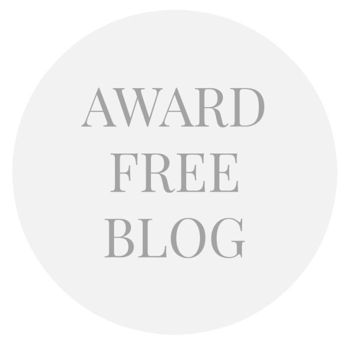 award-free-blog-round-button