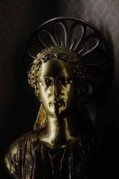 sculpture gold golden angel